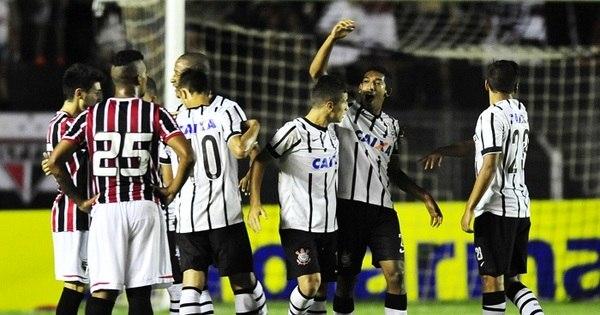 Corinthians vence o São Paulo e chega à 16ª final da Copinha ...