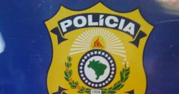 Passageiro é detido com 15 kg de droga dentro de ônibus em ... - R7