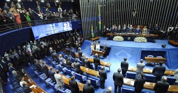 Senado aprova texto que regulamenta PEC das Domésticas ...