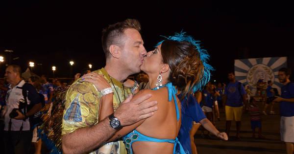 Carnaval 2015: Miss Bumbum Bahia ganha beijo do marido antes ...
