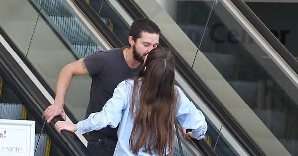 Shia Labeouf é visto aos beijos com neta de Maria Gladys - Fotos ...