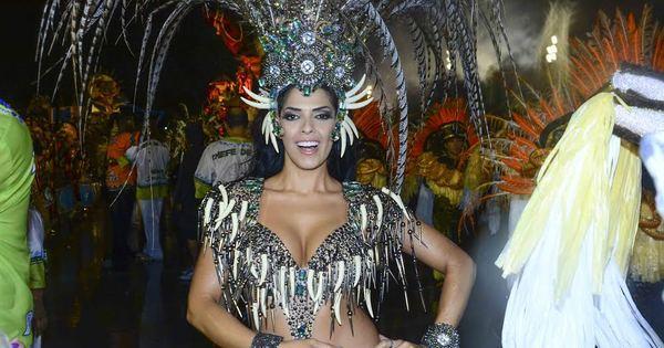 Nuelle Alves, a Dona Candinha, estreia como rainha de bateria e ...