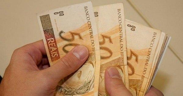 Brasileiro vai trabalhar cinco meses inteiros só para pagar impostos ...