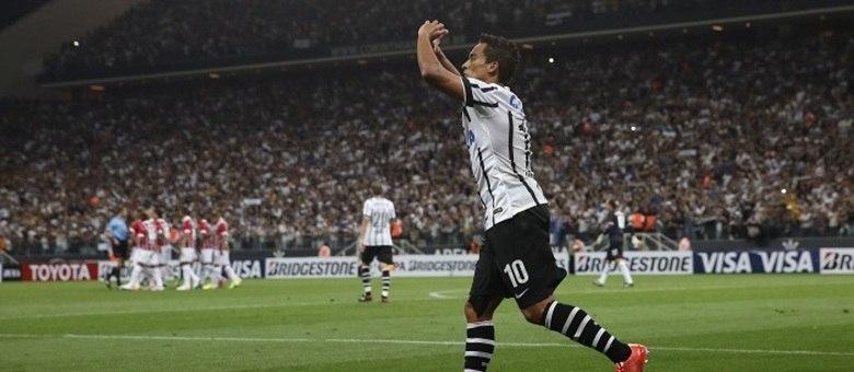 [Enquete] Focado na Libertadores, o Corinthians deve jogar o Paulista com times mais mesclados?