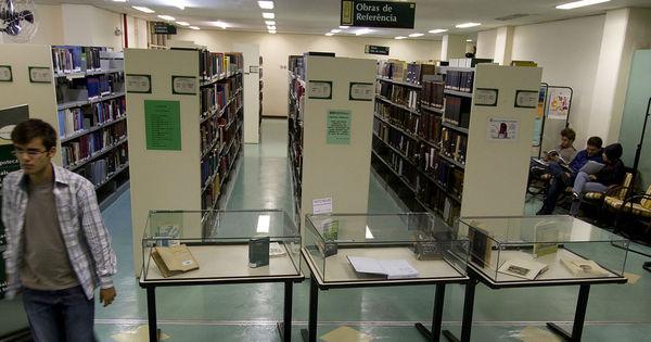 Funcionários da USP mantêm biblioteca fechada alegando ...