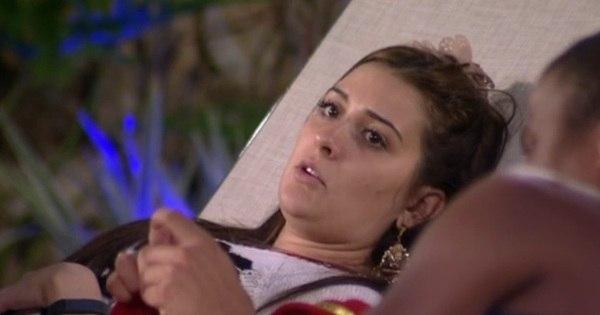 """Tamires desiste do BBB 15 e abandona o reality show: """"Pra mim ..."""
