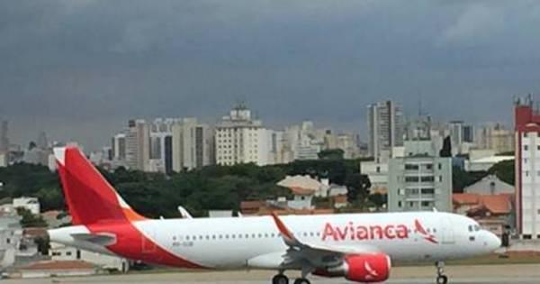 Passageira morre durante o voo e avião faz pouso de emergência ...