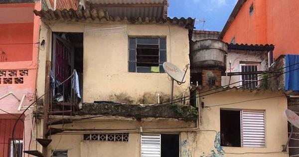 No Brasil, um em cada três moradores de favelas está endividado ...