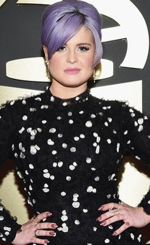 Kelly Osbourne está fora do programa Fashion Police
