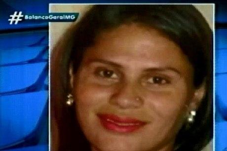 Mulher é agredida pelo marido com 15 facadas na frente dos três filhos