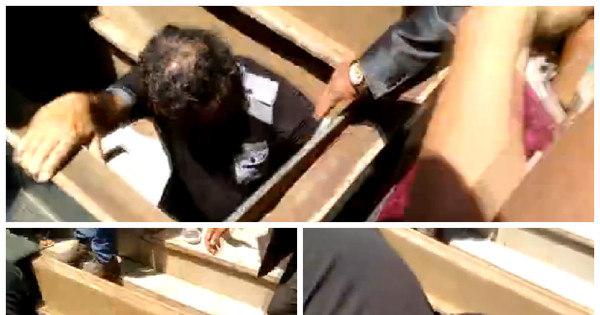 Fãs caem dentro de túmulos durante enterro de José Rico ...