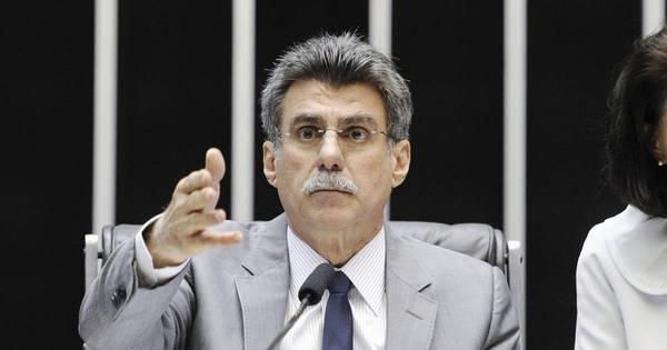 Senador do PMDB defende posse de Michel Temer como solução ...