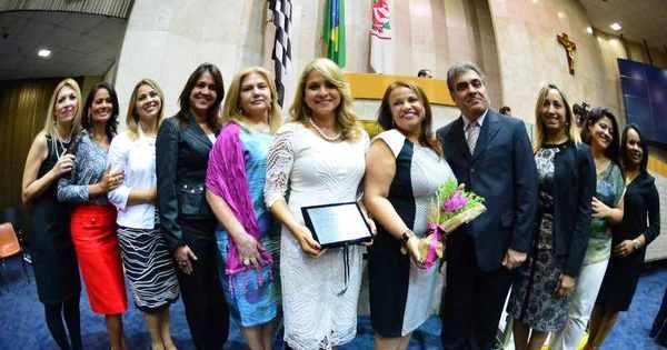 Presidente da Associação de Mulheres Cristãs é homenageada na ...