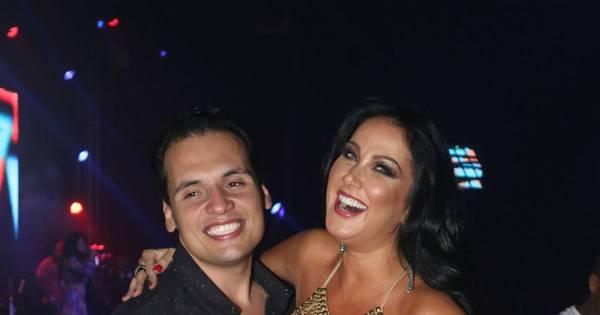 Helen Ganzarolli fica agarradinha com namorado em show do ...