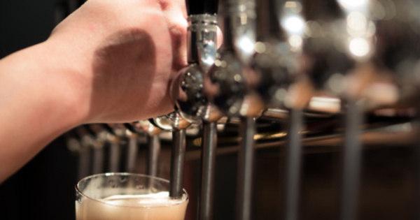 AmBev assina acordo para comprar cervejaria artesanal colombiana