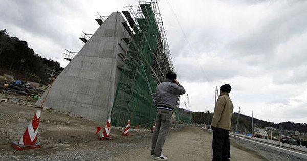 Japão constrói muralha contra tsunamis - Notícias - R7 Internacional