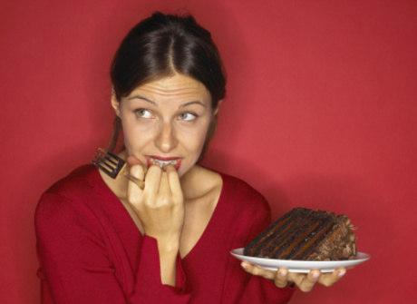 Medo de engordar? Saiba como manter a forma com chocolate