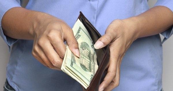 Dólar despenca e atinge o menor valor em mais de 1 ano - Notícias ...