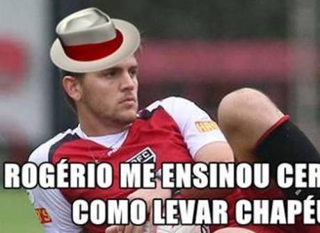 Chapéu de Toloi na derrota do São Paulo vira piada na internet
