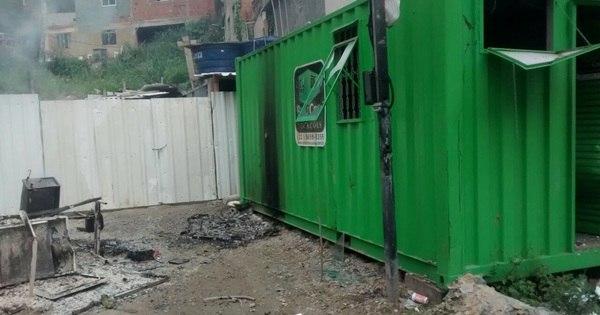 Base de UPP é depredada no Alemão - Notícias - R7 Rio de Janeiro