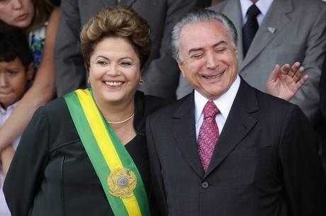 Resultado de imagem para Dilma/Temer