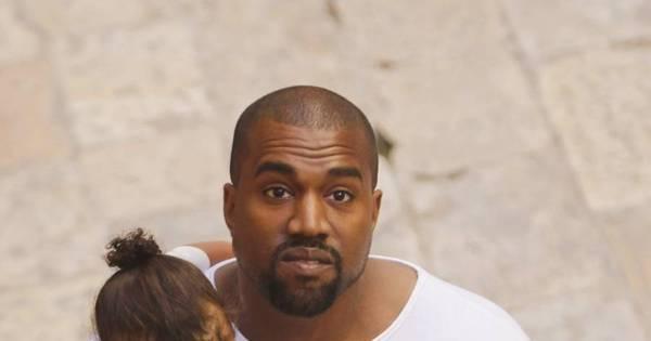 Filha de Kim Kardashian e Kanye West é batizada em Jerusalém ...