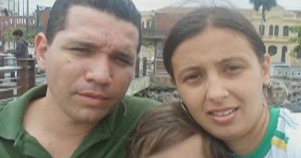 Homem mata a esposa enforcada na frente do filho - Fotos - R7 ...