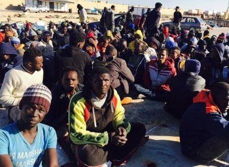 Travessia para a Europa já matou mais de mil imigrantes em 2015