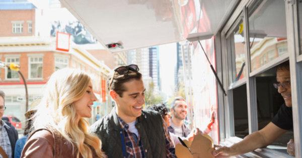 De café a pratos com lula! Conheça o roteiro de comida de rua ...