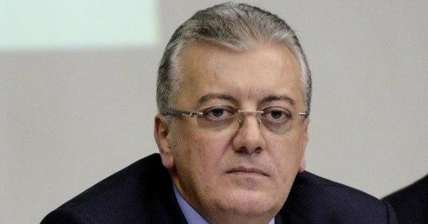 Petrobras busca novo modelo de gestão e governança, diz ...
