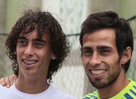 Qual Valdivia é melhor: o meia do Inter ou o chileno do Palmeiras?