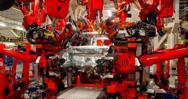 Produção de veículos cai 22,8% em 2015 e retorna ao volume de ...