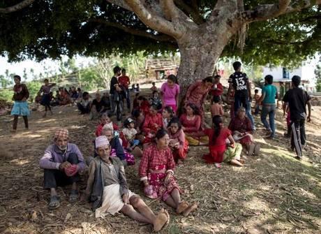 Sobreviventes do Nepal sofrem com ameaça do tráfico humano