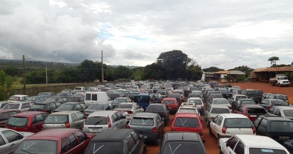 Leilão do Detran-DF tem Audi por R$ 500 além de Vectra e Stilo por ...