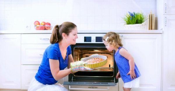 Bolo quente dá dor de barriga! Teste se seus conselhos como mãe ...