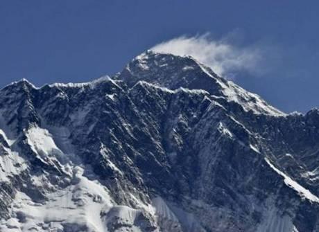 Repórter vai à caça do lendário Pé Grande na cordilheira do Himalaia