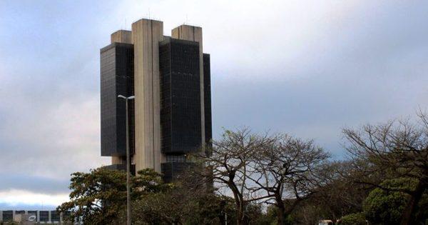 Banco Central poderia detectar envolvimento de bancos na Lava ...
