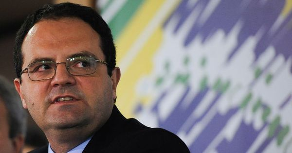 Ministro do Planejamento diz que Dilma vai vetar projeto de reajuste ...
