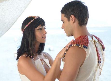 Camila Rodrigues fala sobre término de Moisés e Nefertari