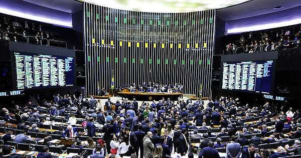 Reforma política aprovada pela Câmara desagrada movimentos de ...