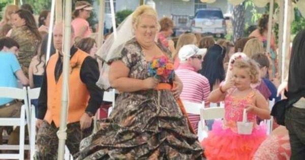 Lá vem a noiva! Confira os piores vestidos de casamento da história ...