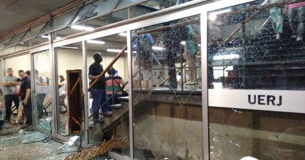 Uerj é depredada após repressão a protesto de alunos - Fotos - R7 ...