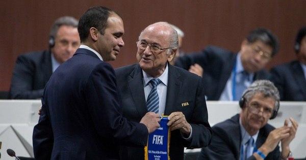 Príncipe Ali desiste do segundo turno e Blatter é reeleito presidente ...