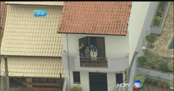 Família é feita refém dentro de casa em Mauá - Notícias - R7 São ...