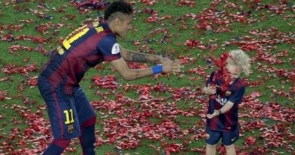 Filho de Neymar dentro de campo e férias malucas de Cristiano ...