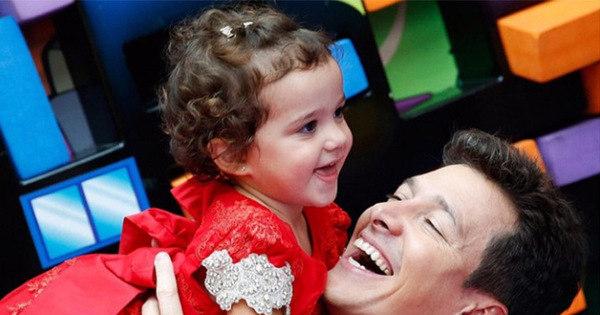 Sete momentos de Rodrigo Faro com sua filha caçula, Helena ...