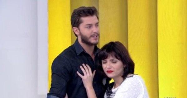 "Monica Iozzi assume namoro na TV: ""Já faz um ano ..."