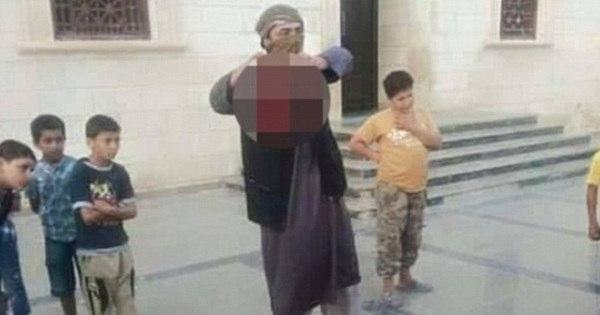 Crime bárbaro: homem é decapitado pelo Estado Islâmico na frente ...