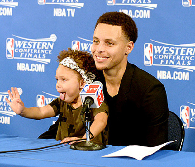 Final? MVP? LeBron? Filhinha de astro é o que há de melhor da reta decisiva da NBA - Fotos - R7 ...