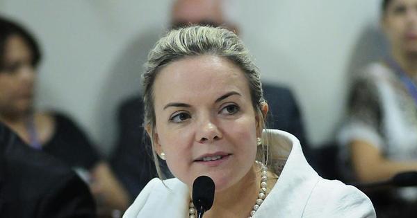 'Essa prisão não tinha base nenhuma', diz Gleisi na Comissão de ...